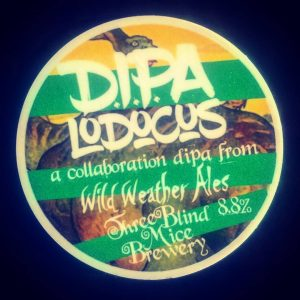 #growlerfilling with D.I.P.A. LODOCUS // @3blindmicebrew x @...